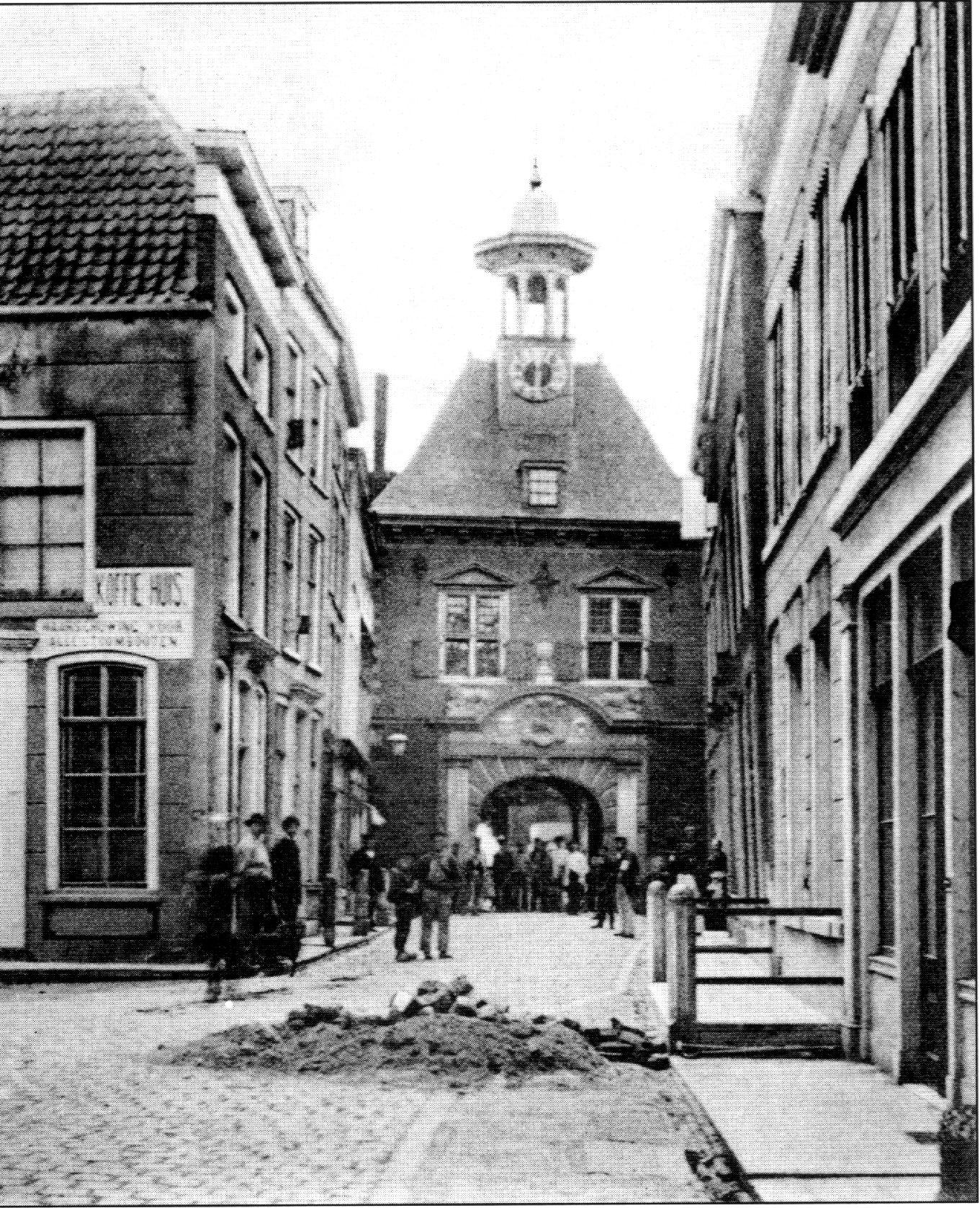 Waterpoort binnen foto 1890